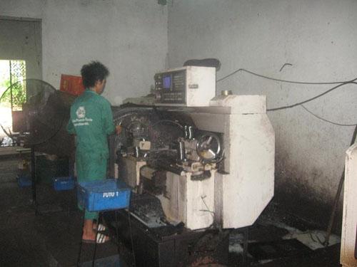 Máy tiện CNC 3675V - Công ty TD - Thái Nguyên